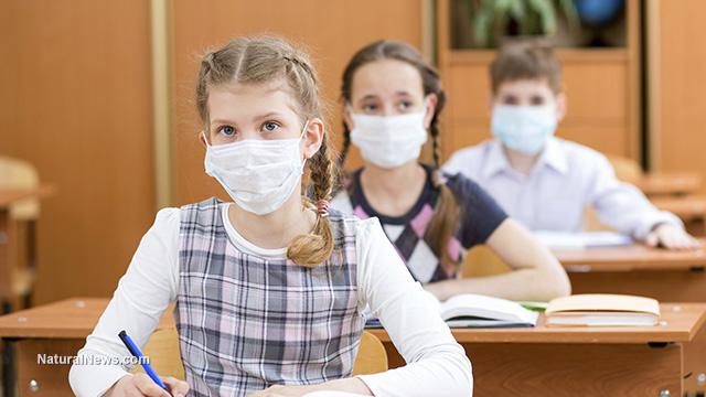 Деца-училище-маски-епидемия
